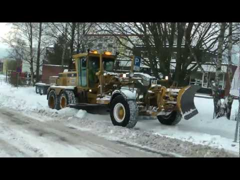 Cat 163H Snow Removal