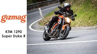 Gizmag rides the terrifying KTM Super Duke 1290 R