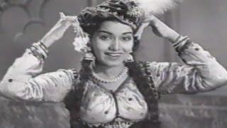 O Babuji Mai Na Karu Teri Naukri - Shamshad Begum, Shyama, Shrimatiji Dance Song