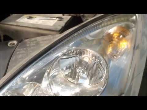 Замена лампы ближнего света KIA CEED - How to change a headlight bulb