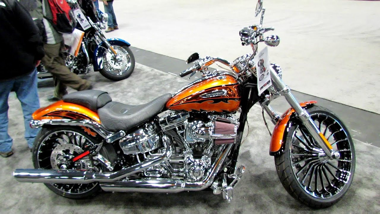 2014 Harley Davidson Breakout Cvo Maxresdefault.jpg
