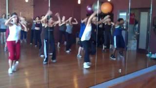 Watch Sean Paul Eye Deh A Mi Knee video