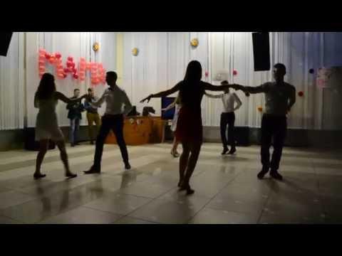 Танец на день матери 6а