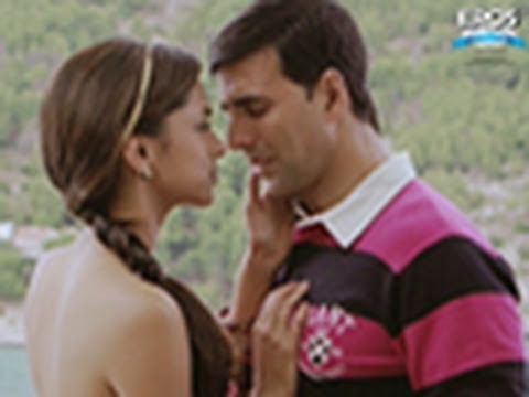 Deepika Padukone Rescues Akshay Kumar From Commiting Suicide - Housefull