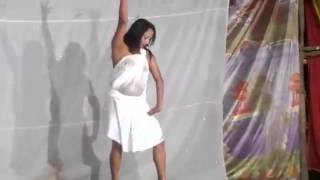 sexy   stage    dance