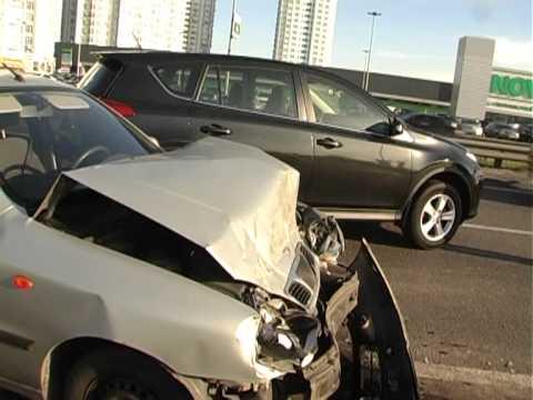 В Масштабном ДТП Разбилось 7 Авто.