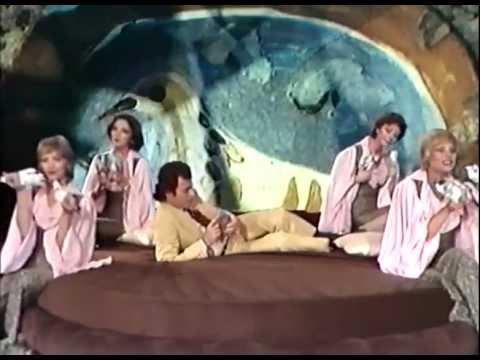 Julio Iglesias - Julio Iglesias  Cucurrucucu paloma