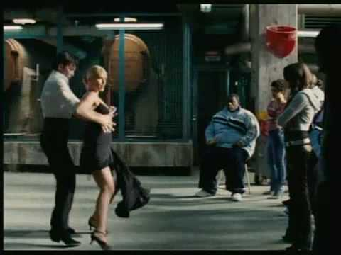 Tango com Antonio Banderas no filme Vem Dançar