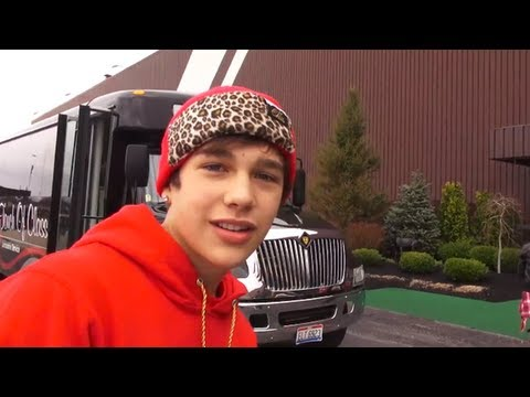 Austin Mahone amusement park hang out in Cleveland - Austin Mahone Takeover Ep 50