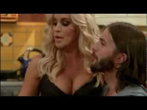 Two and a Half Men Jenny McCarthy Courtney Leopold Sylvia Fishman cleavage E