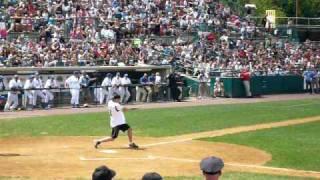 Nate Ravitz singles @ Jonas Brothers-ESPN softball game