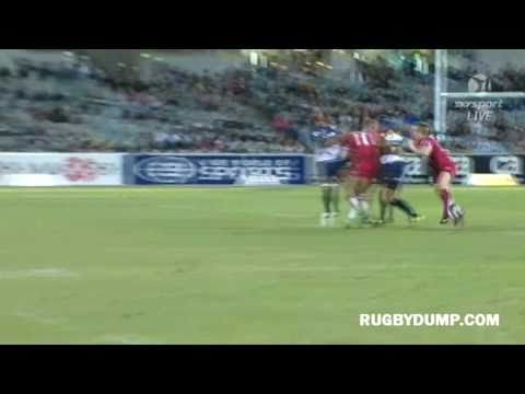 Giteu falcon pass vs the Reds - Matt Giteau falcon pass vs the Reds