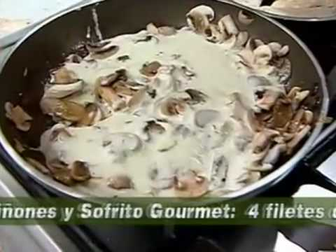 Filetes de Pollo en Salsa de Champiñones Filetes de Pollo Con Salsa de