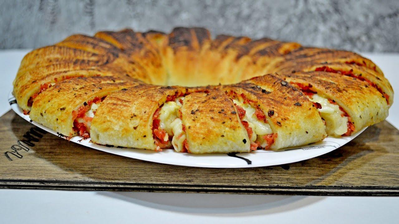 Слоеного теста с колбасой и сыром пошаговый рецепт с