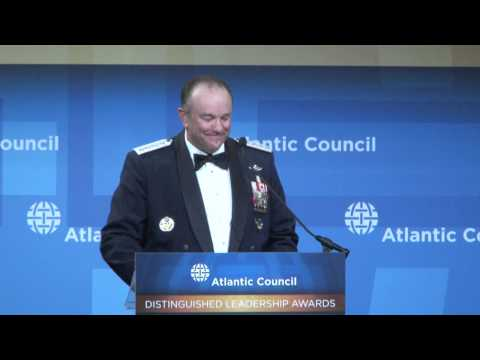 Jones and Breedlove Introduce Joseph Dunford at 2014 Distinguished Leadership Awards