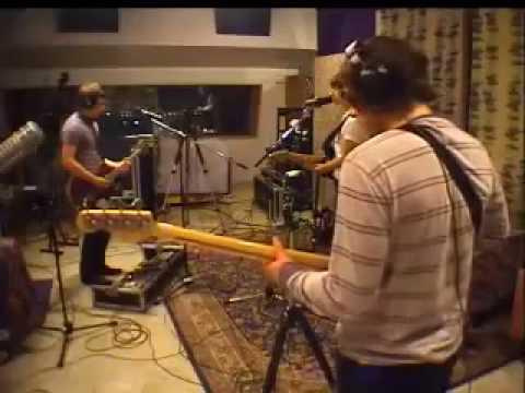 Arctic Monkeys - Do Me A Favour [live at KCRW Radio 2007]