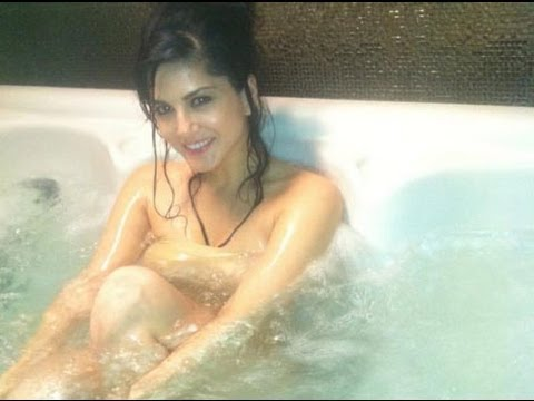 Sunny Leone --- Nude & Bare (only For 18+) video