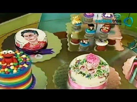 Receta de como preparar masa para el fondant y decorar pasteles paso a paso. Receta parte 1