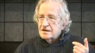Noam Chomsky discusses 9/11 Conspiracy Theorists