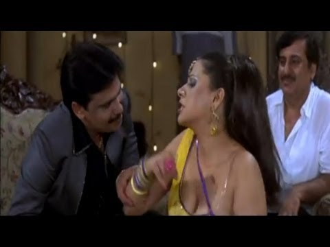 Badki Mobile Leke - Hot Bhojpuri Item Song - Naag Nagin video