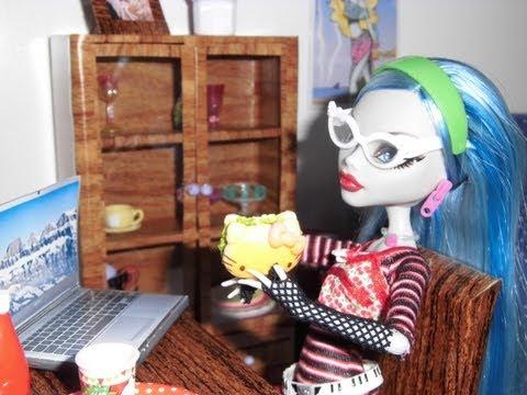 Como fazer um notebook para boneca Monster High. Pullip. Barbie e etc