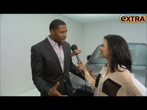 Michael Strahan On Bench Pressing 'pocket Pet' Kristin Chenoweth video