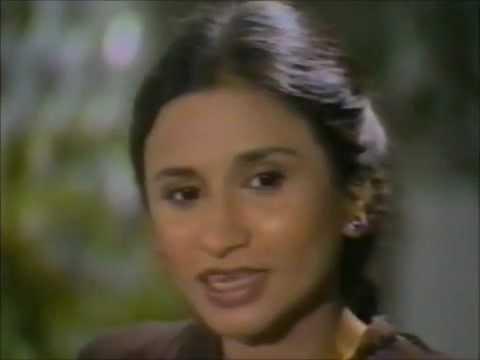 Nayyara Noor - Watan Ki Mitthi Gawah Rehna - Milli Naghma video