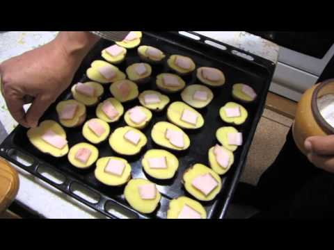 Картофель в духовке - очень вкусный! рецепт