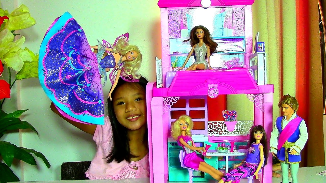 Barbie Glam Vacation House Monster High Clawdeen Wolf