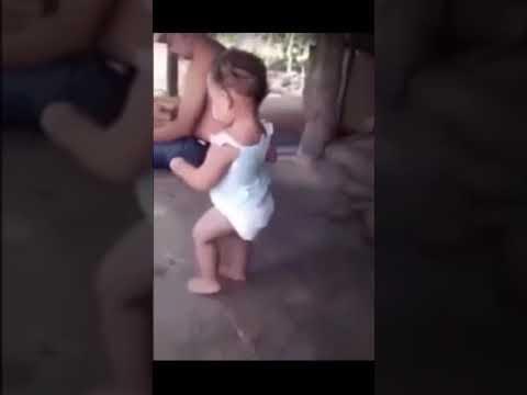 رقص اطفال على أغنية لالالا هههههههه thumbnail