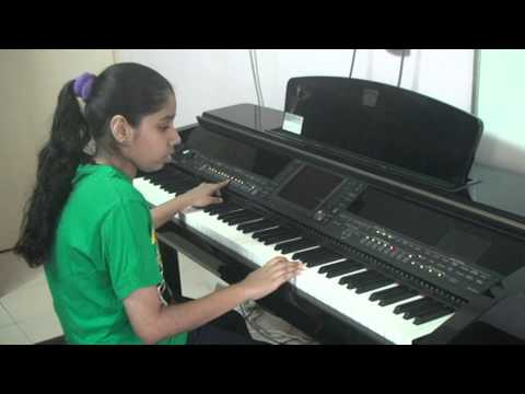 Nandini Playing On Piano --- Aa Re Pritam Pyaare --- Rowdy Rathore. video