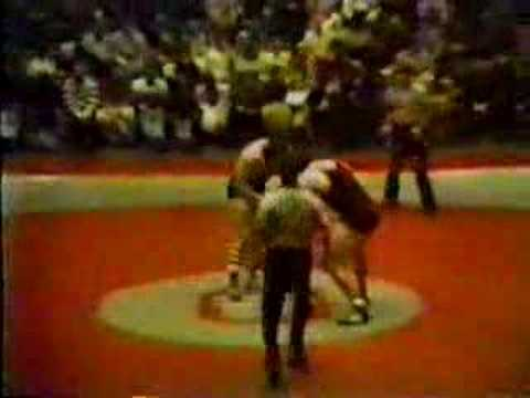 Bruce Baumgartner v. Dan Severn 1981 NWCA All-Star Meet Video