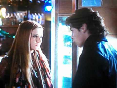 Jake T. Austin and Abigail Breslin Kiss Scene from New Years Eve (FULL)