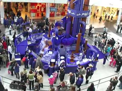 Cadbury Joyville Magnificent Musical Chocolate Fountain
