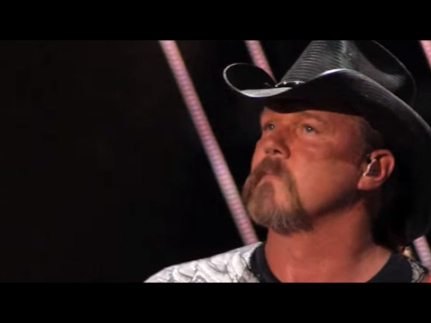 Trace Adkins Sneak Peek - CMA Music Festival TV Aug 14 on ABC!