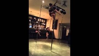 Pole fitness- Martini drop