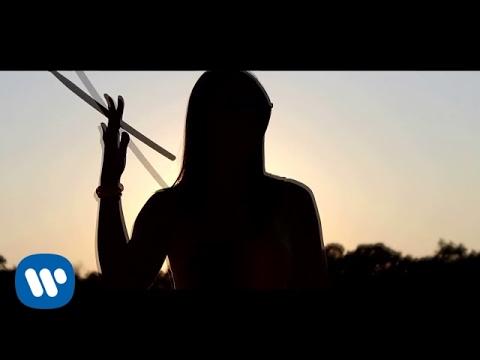 Laura Pausini Es La Musica pop music videos 2016
