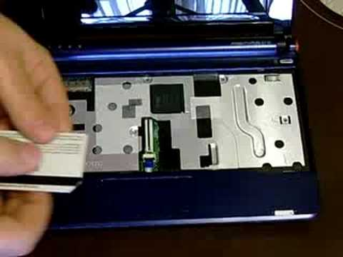 Acer Aspire One installing 1 gb ram 2 Video
