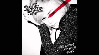 Watch Uffie Give It Away video