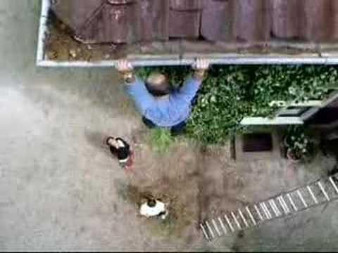 Loekie 2003: Help! (Centraal Beheer Achmea)