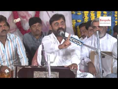 Mayabhai Ahir 2015 Hasya Ni Moj Chamardi Gaam Live Programme - Part - 1 video
