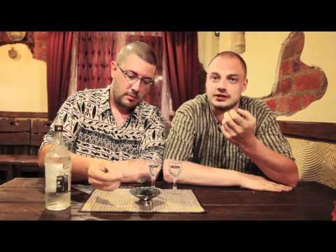 Как едят черную икру в Астрахани