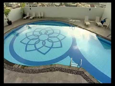 Swimming Pool - Golden Flower Hotel Bandung