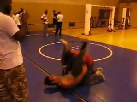 grappling training Image 1