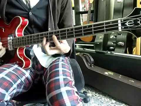 The Beatles [I Want To Hold Your Hand] Bass cover
