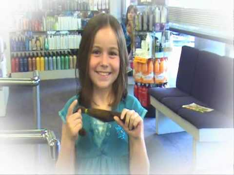 Alyssa Shafer Donates to Locks of Love