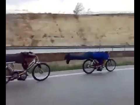 Pejo ve Mobilet Yarışı - Peugeot ve Mobylette Otoban Polini Gilardoni   Zozi Motor!