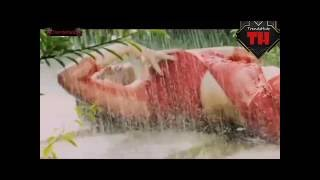 Pori Moni kissing scene with hot songs clip