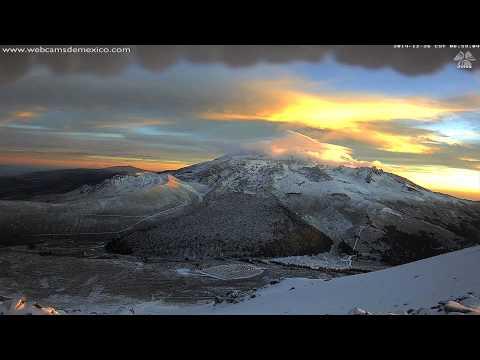 webcamsdemexico  Pico de Orizaba. Amanecer del 26 de diciembre 2014. / Noticias