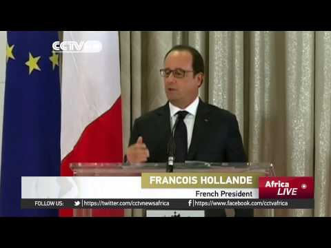 Hollande in Cameroon: Fight against militancy high on the agenda